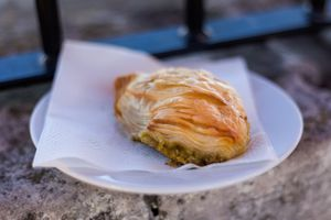 Maltese appetizer pastizzi with peas