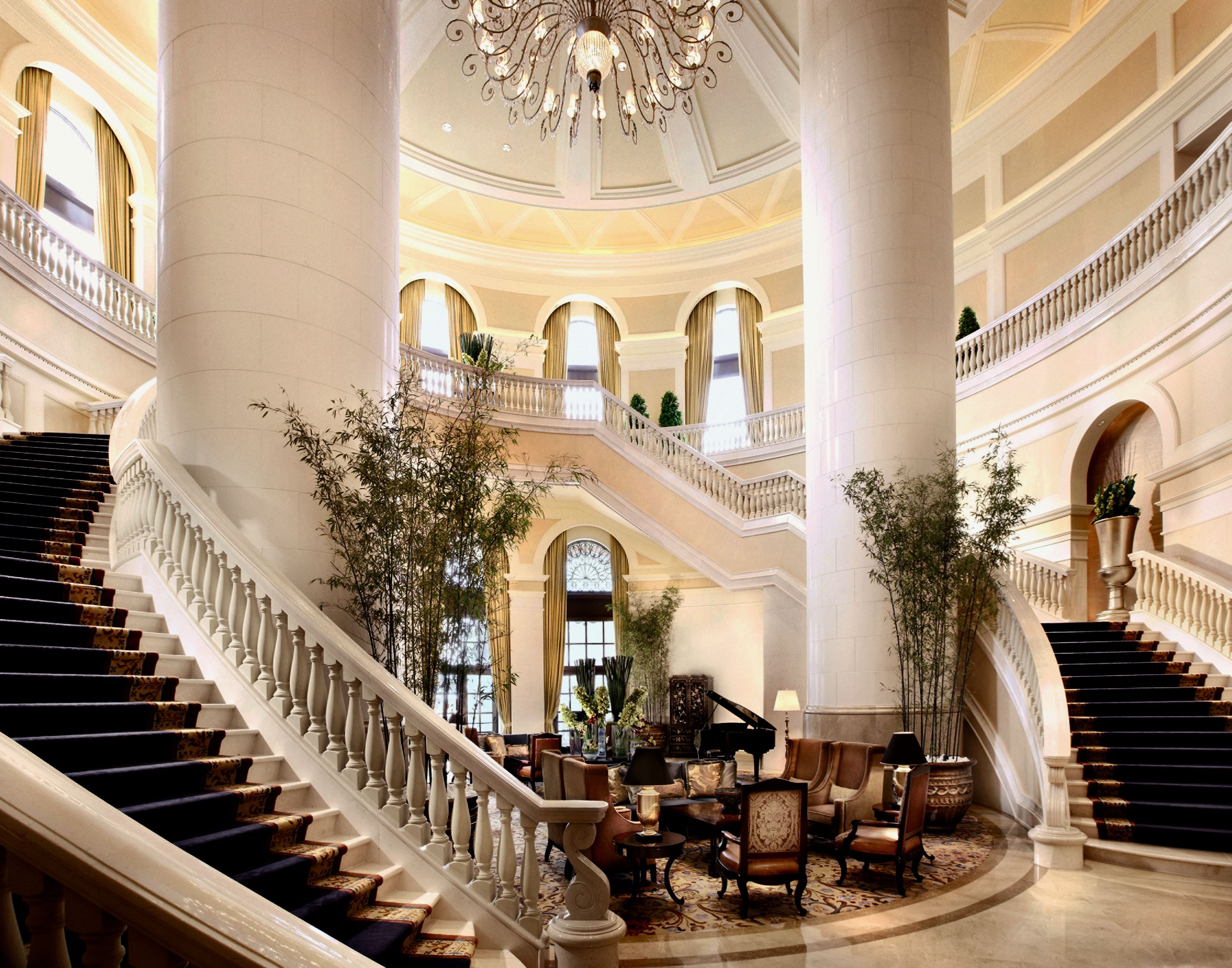The Most Fabulous Luxury Hotels In Macau China S Vegas