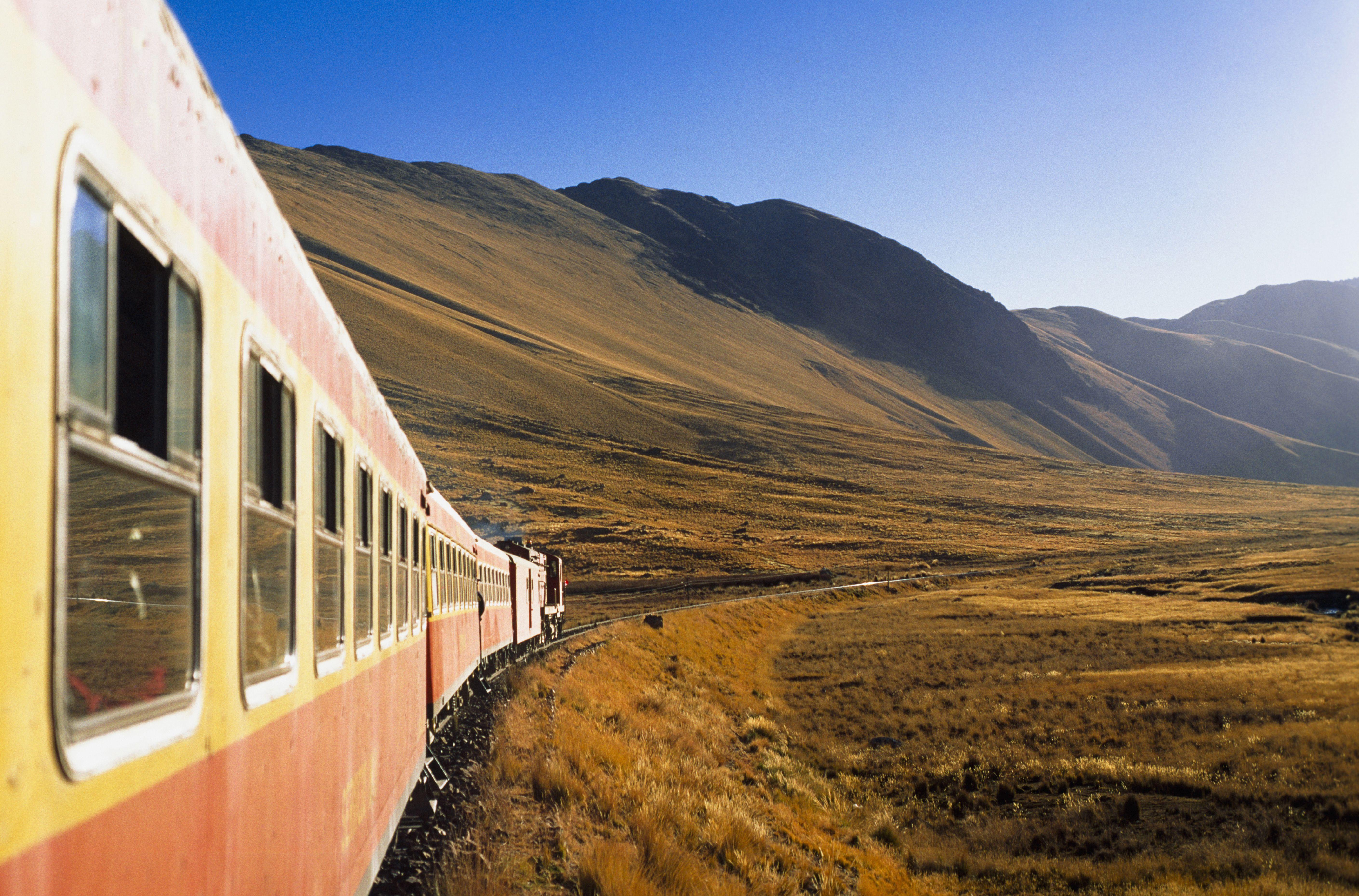 Trains in Peru