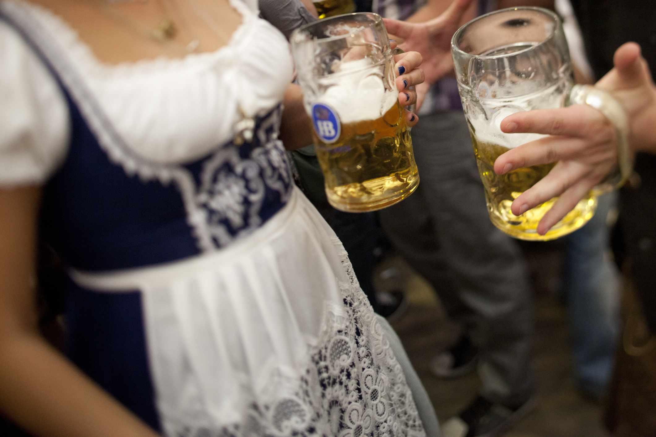 Oktoberfest women drinking beers