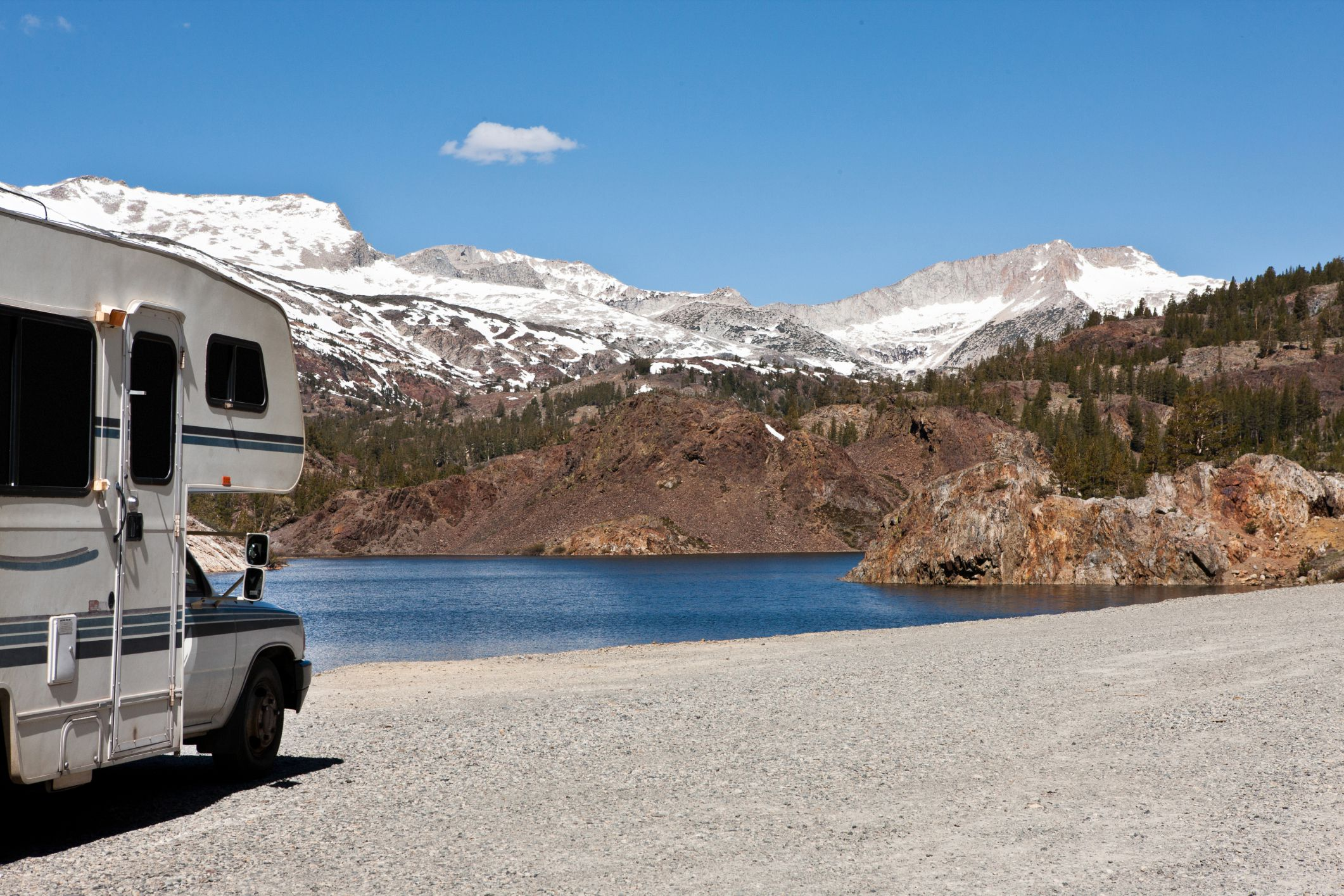 3 National Parks That Offer RV Hookups for Travelers on yosemite rv parks map, cody wyoming rv parks map, black hills rv parks map,