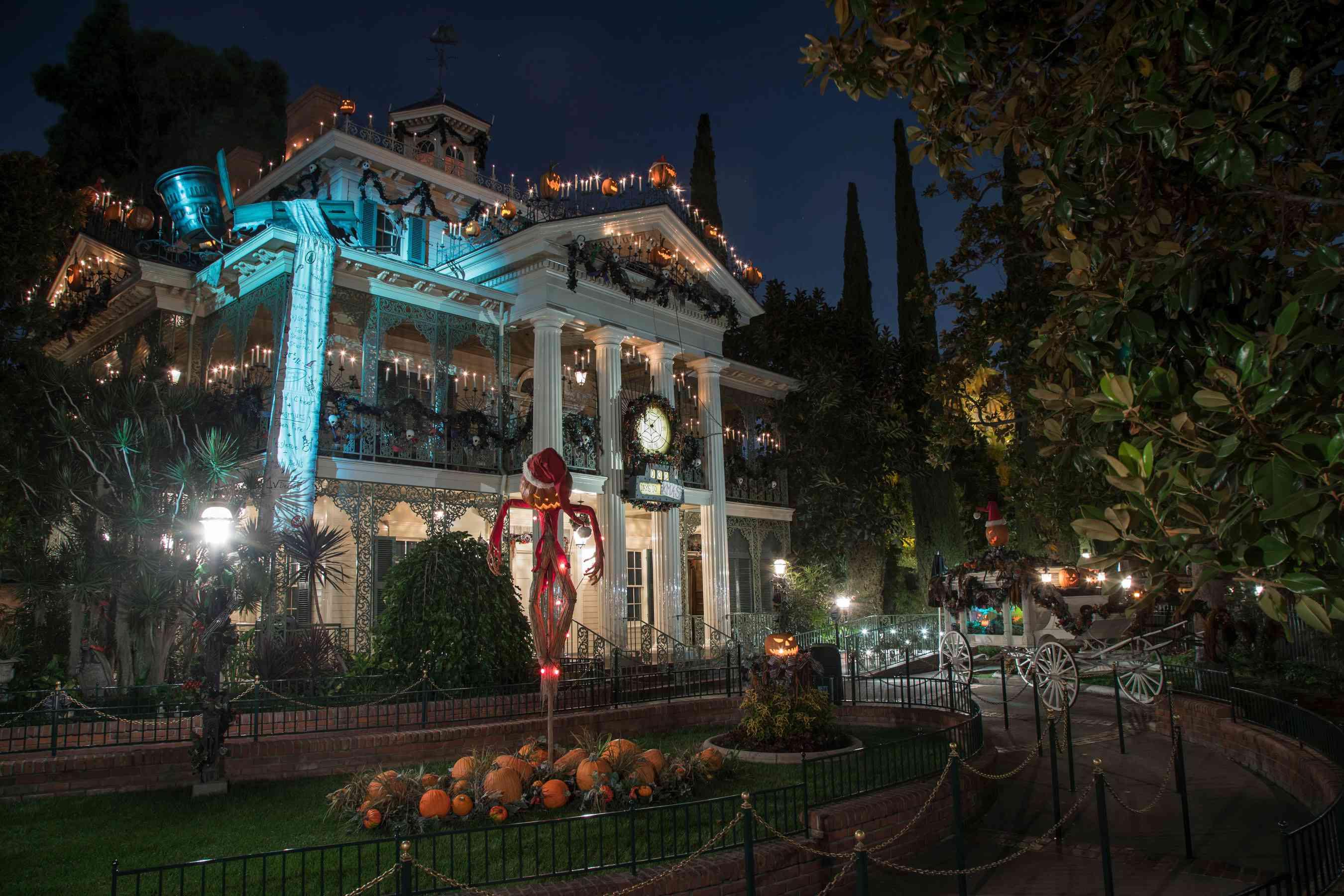 Vacaciones en la mansión encantada en Disneyland