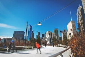 Winter Breaks - Ice skating in Chicago