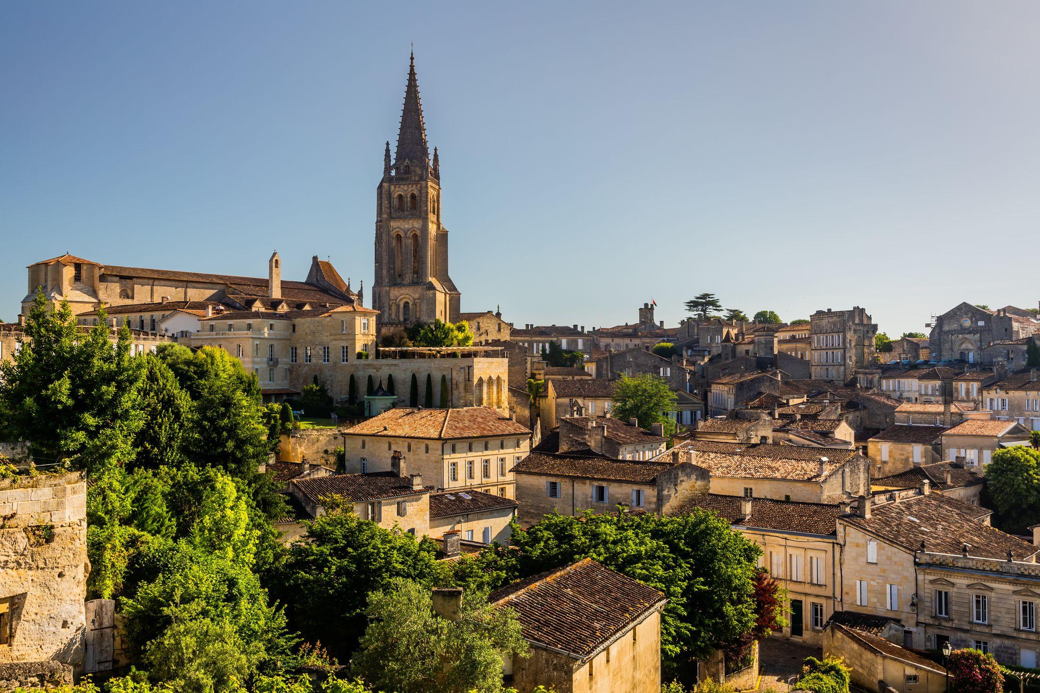 Saint-Emilion Monolithic Church and old town. Bordeaux, France