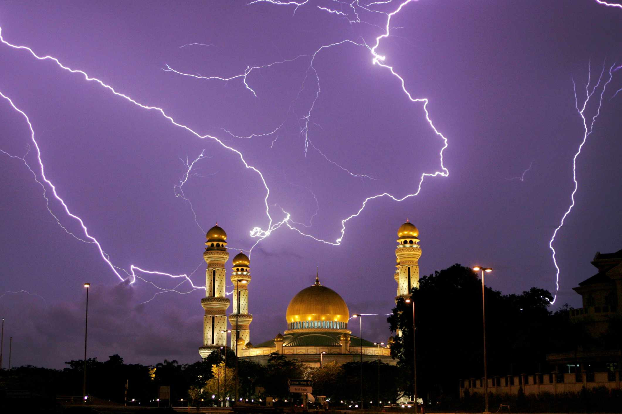 Lightning over Jame Asr' Hassanil Bolkiah mosque in Bandar Seri Begawan, Brunei