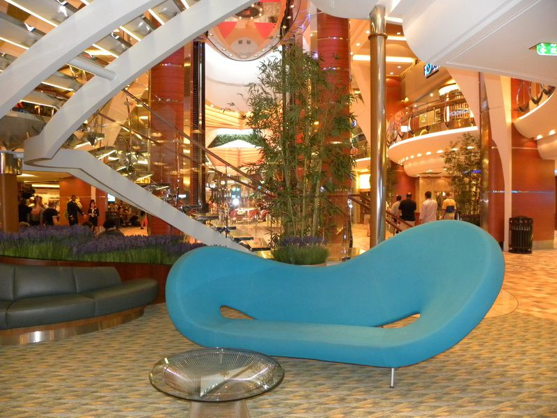Allure of the Seas - Royal Promenade Contemporary Seating