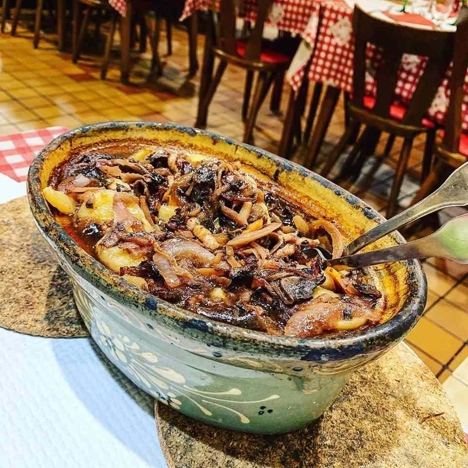 Baeckoffe, Alsatian-style stew served in Strasbourg