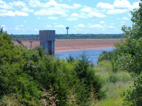 Arcadia Lake Dam