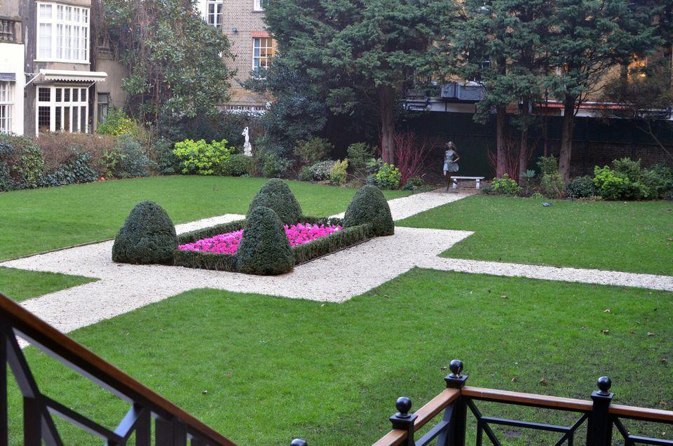 Jardín de Goring en el hotel en Londres.