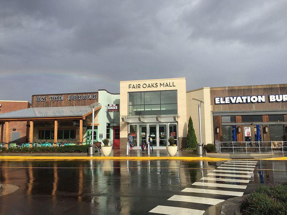 Fair Oaks Mall Shopping Mall In Fairfax Virginia