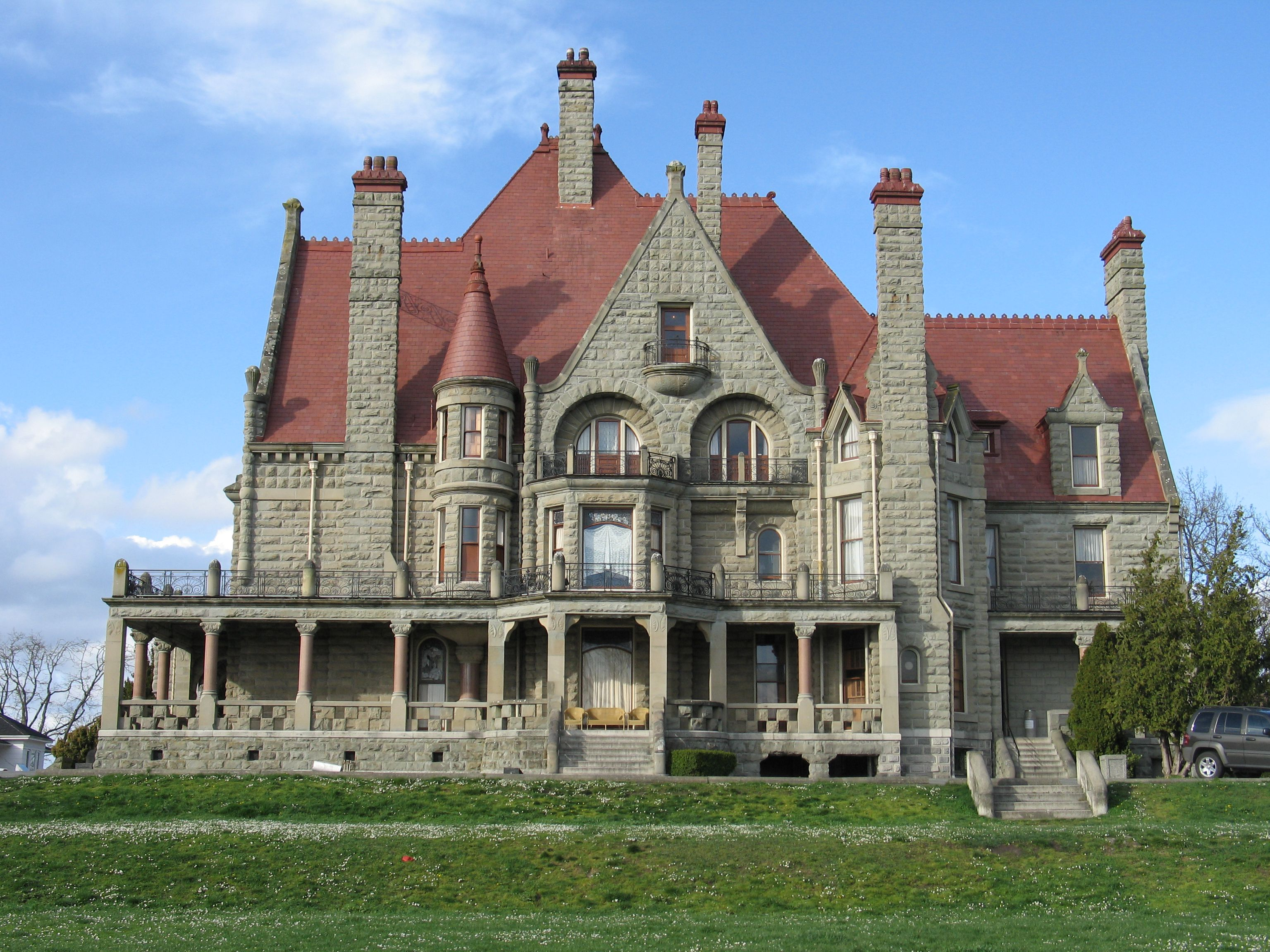 Exterior view of Craigdarroch Castle in Vancouver.