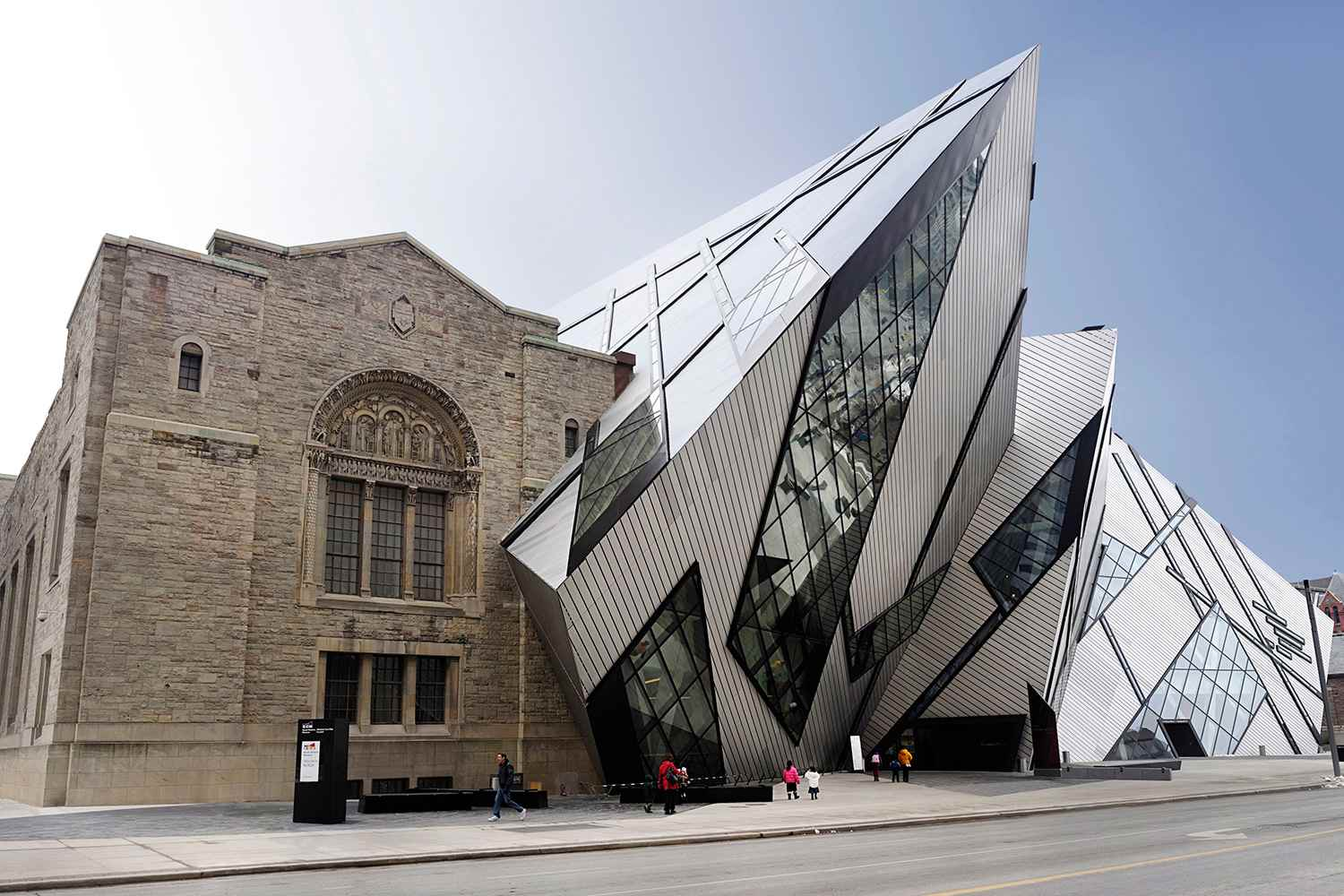 Toronto's Top Attractions & Highlights