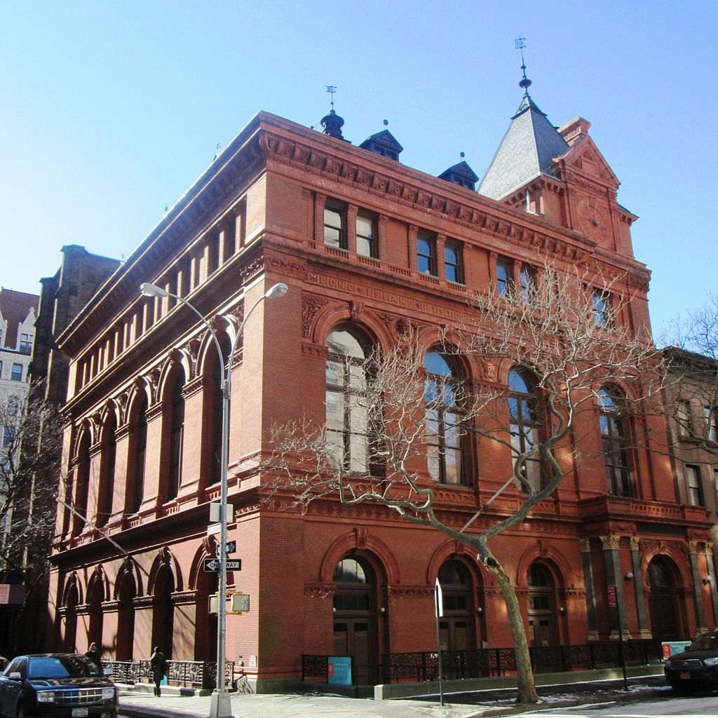 the building of the Brooklyn Historical Society