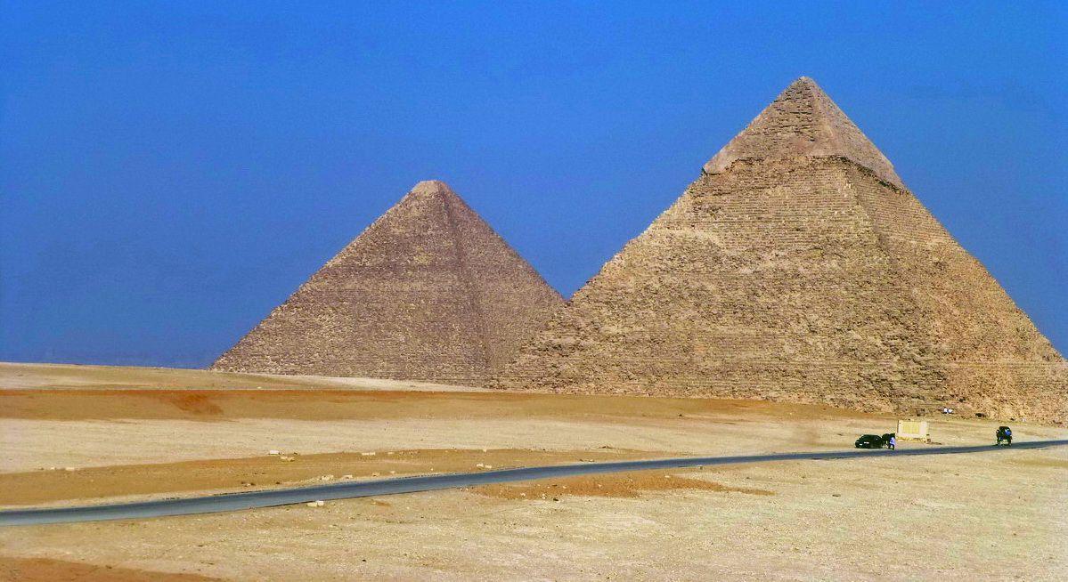 Grandes pirámides de Egipto en el norte de África