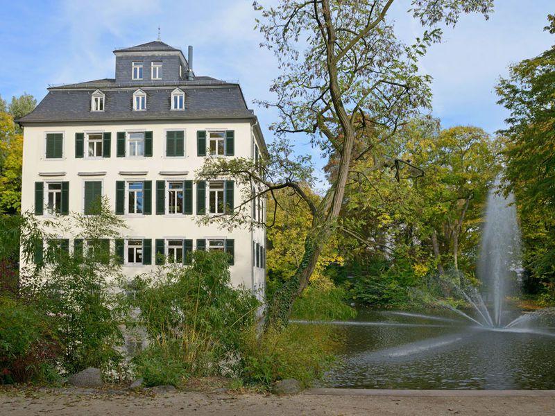 Adolph-von-Holzhausen Park in Frankfurt