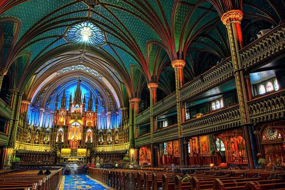 Montreal Easter Weekend 2017 activities include Mass.