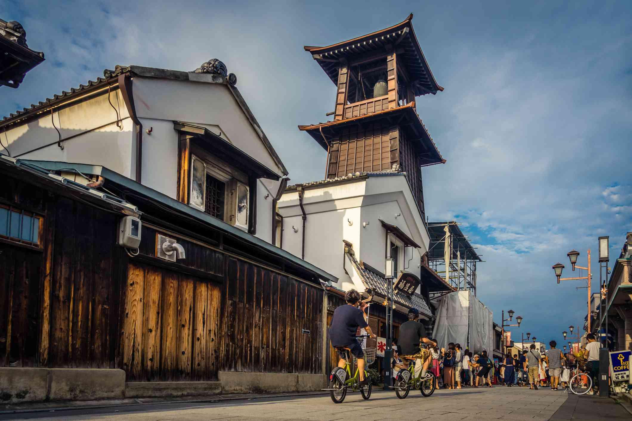 People visiting the bell tower in the Kurazukuri district of Kawagoe