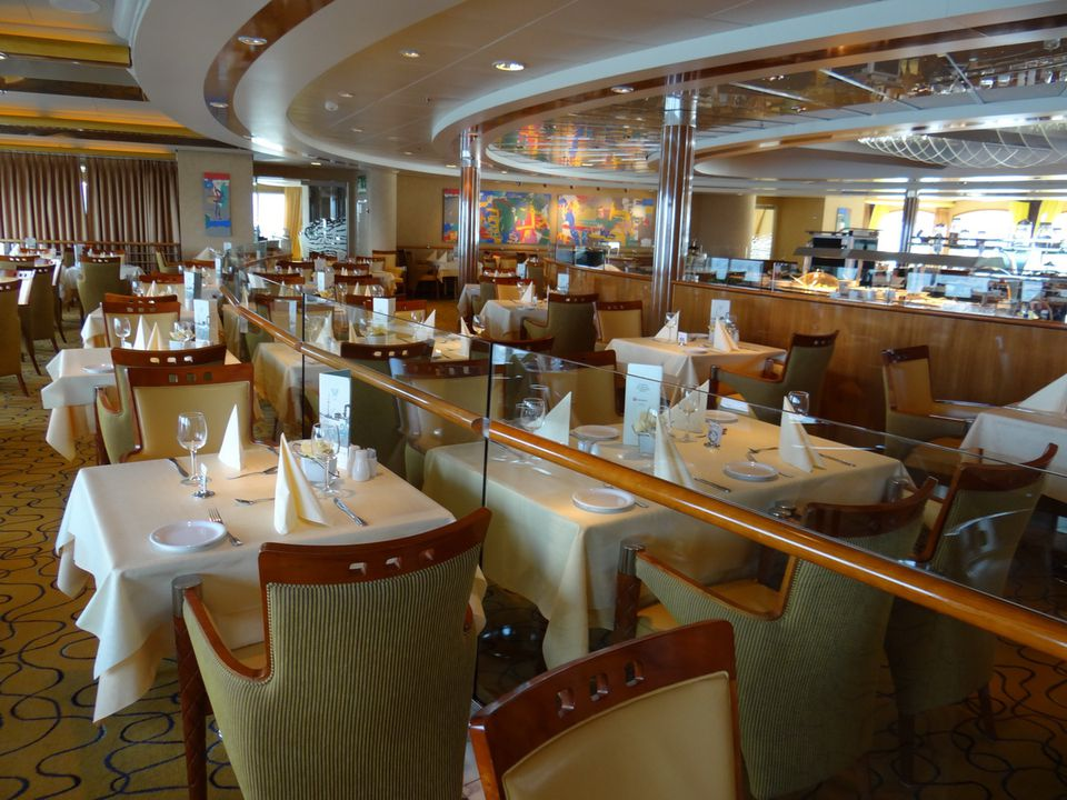 Hurtigruten Midnatsol Dining Room