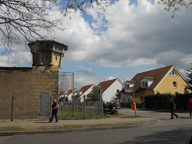 Hohenschoenhausen.JPG