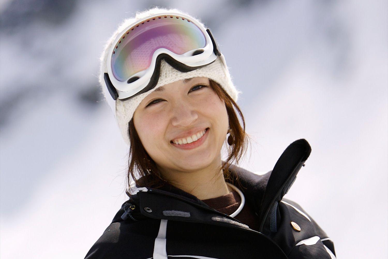 Rose pink ski goggles