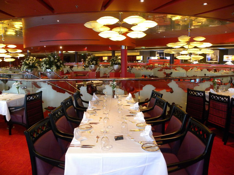 Nieuw Amsterdam Cruise Ship Dining Options