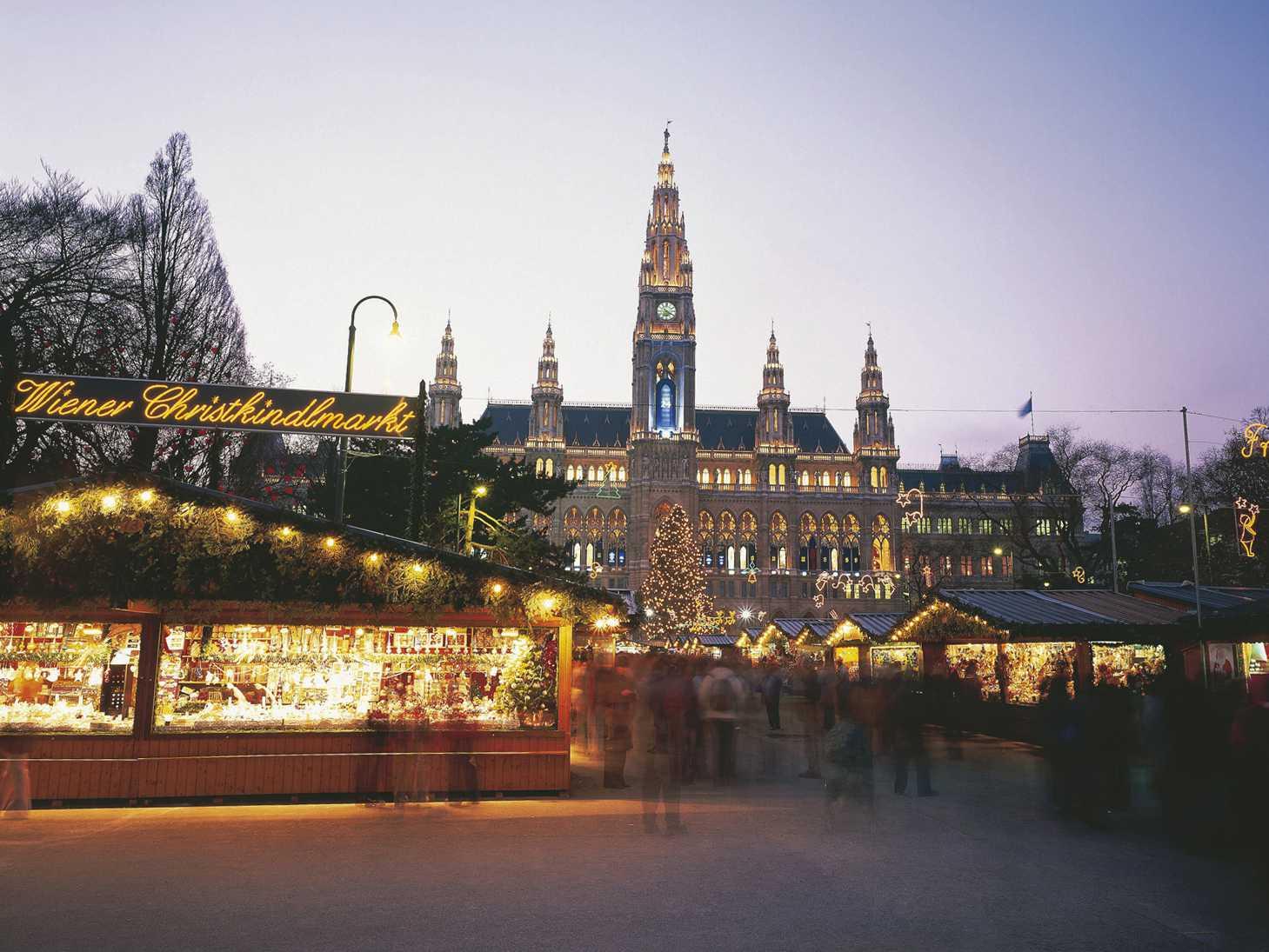 christmas market vienna - Best Christmas Vacation Destinations