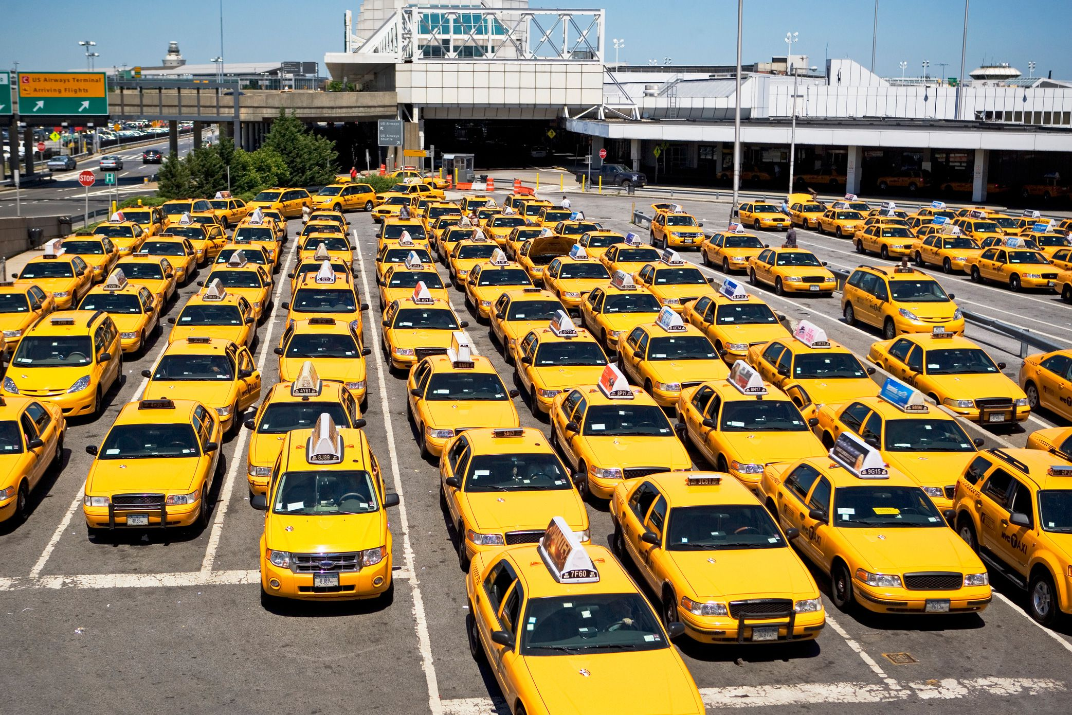 Taxi Maple Ridge >> How To Get From Laguardia Airport To Brooklyn