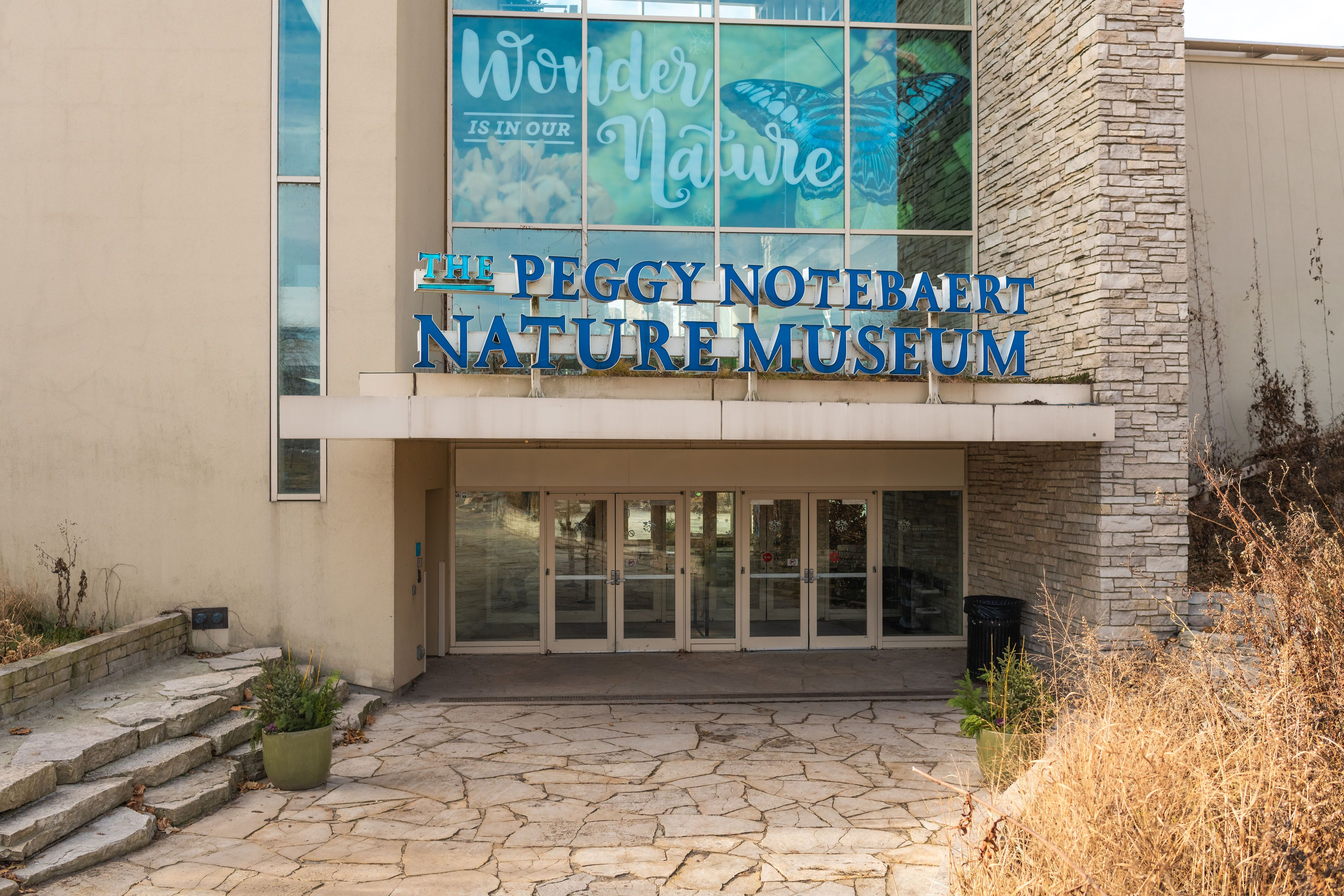 Front entrance to the Peggy Notebaert Nature Museum
