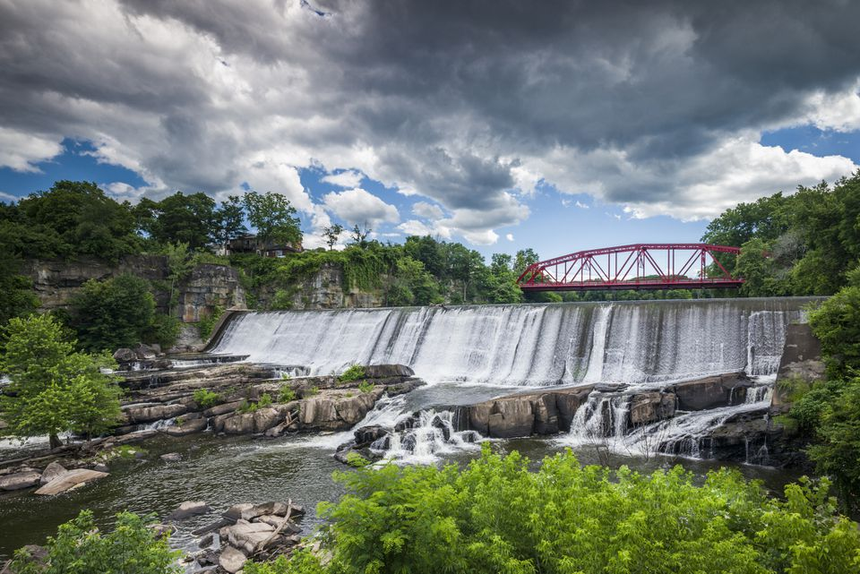 USA, New York, Saugerties, waterfall
