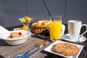Breakfast at the Hilton Garden Inn