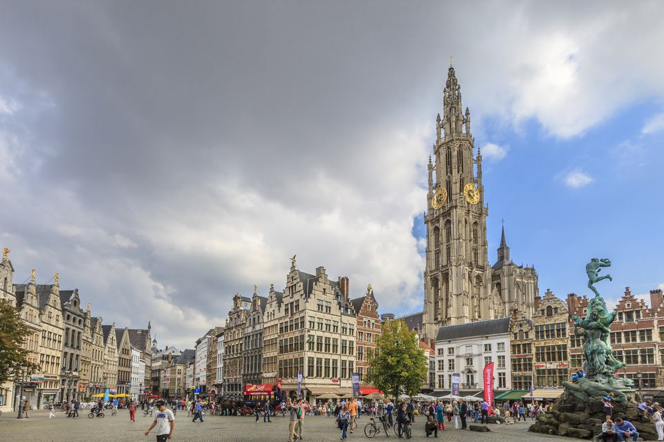 Grote Markt, the center of Antwerp
