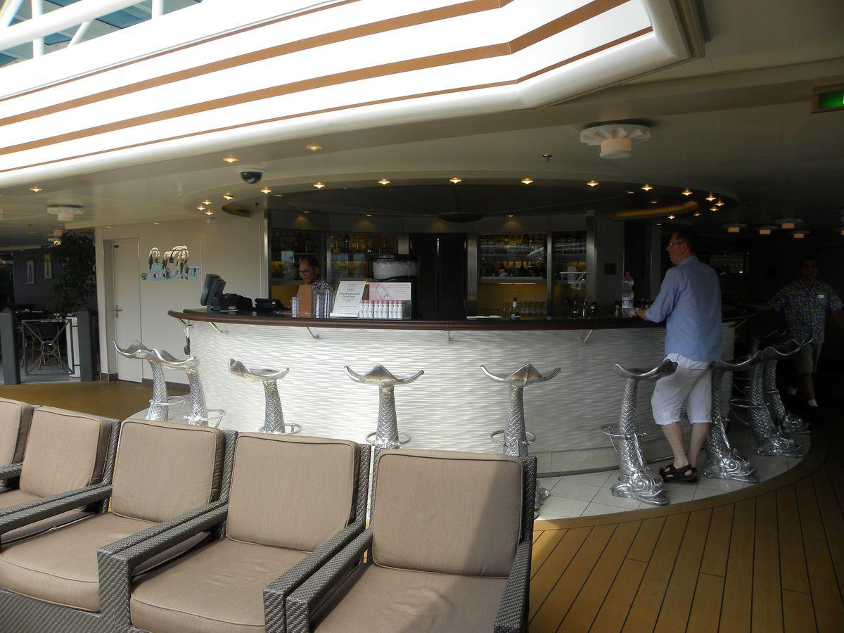 Nieuw Amsterdam - Lido Bar