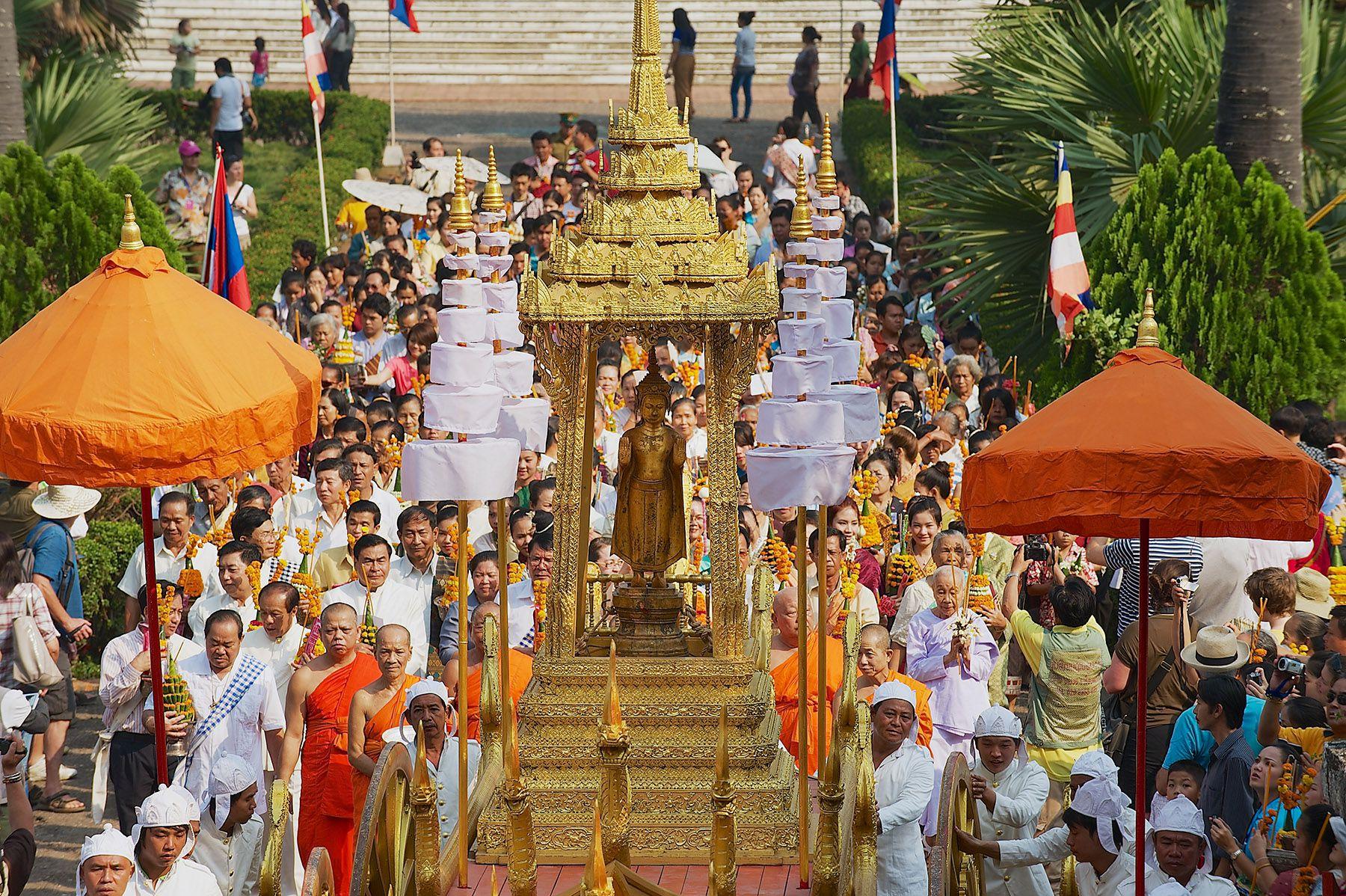 Pha Bang Procession, Bun Pi Mai, Luang Prabang