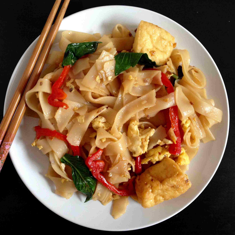 Pad Kee Mao Thai Noodles