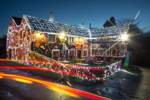 Somerset Pub decked out for Christmas