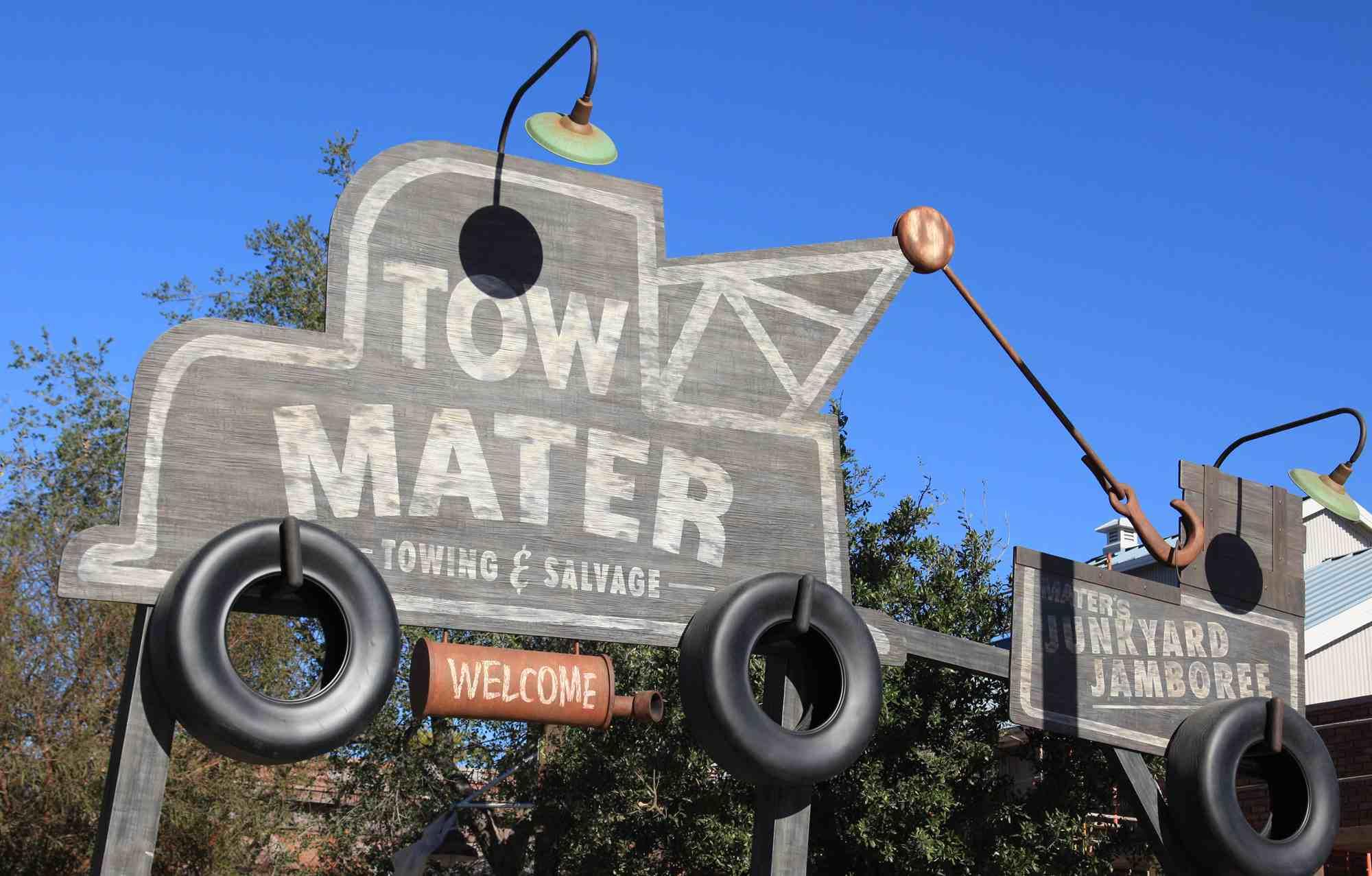 Entrance to Mater's Junkyard Jamboree