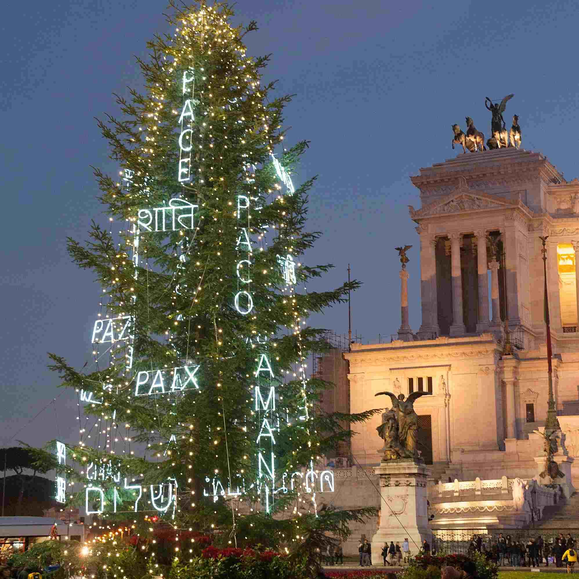 Árbol de Navidad en Roma, Italia