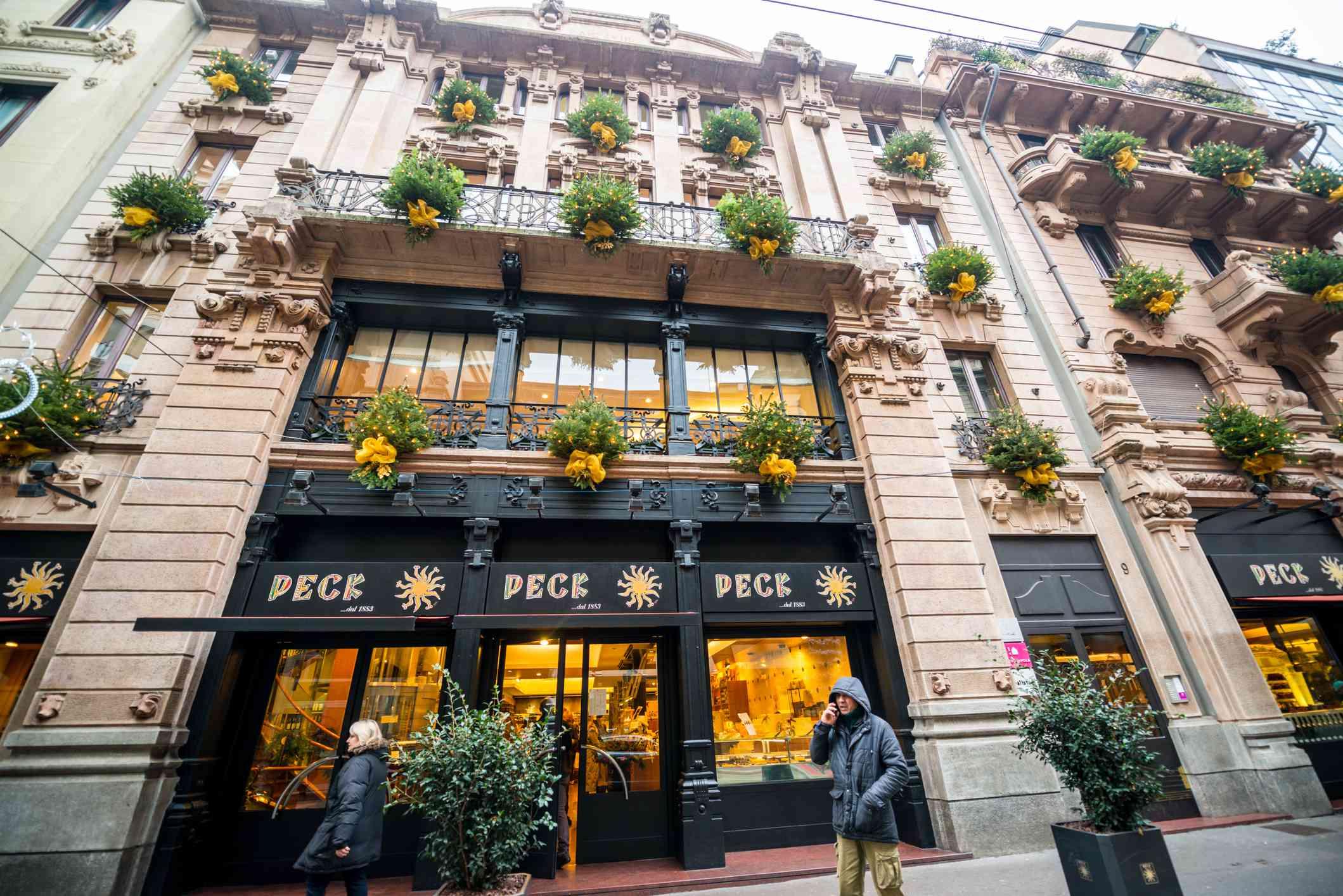 Peck Milano storefront