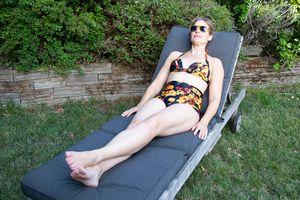 COCOSHIP Retro '50s Halter High-Waist Bikini Set