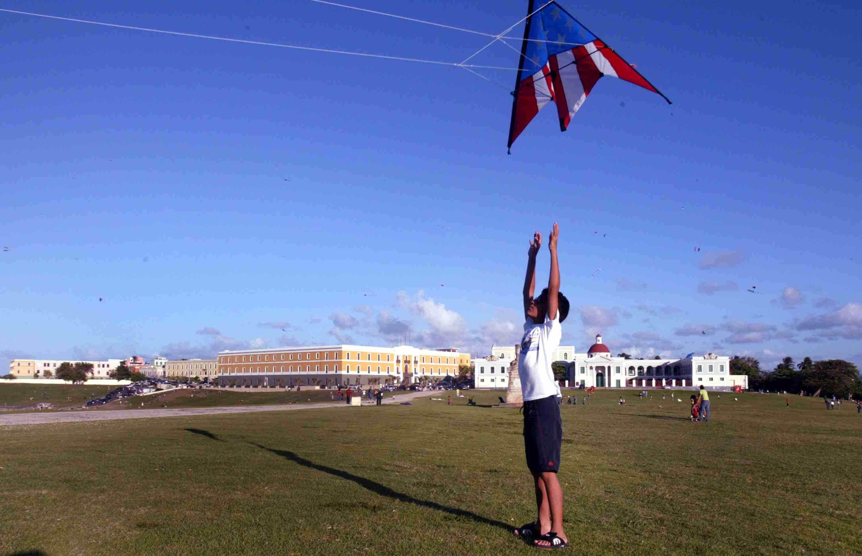 Puerto Rico kite flying
