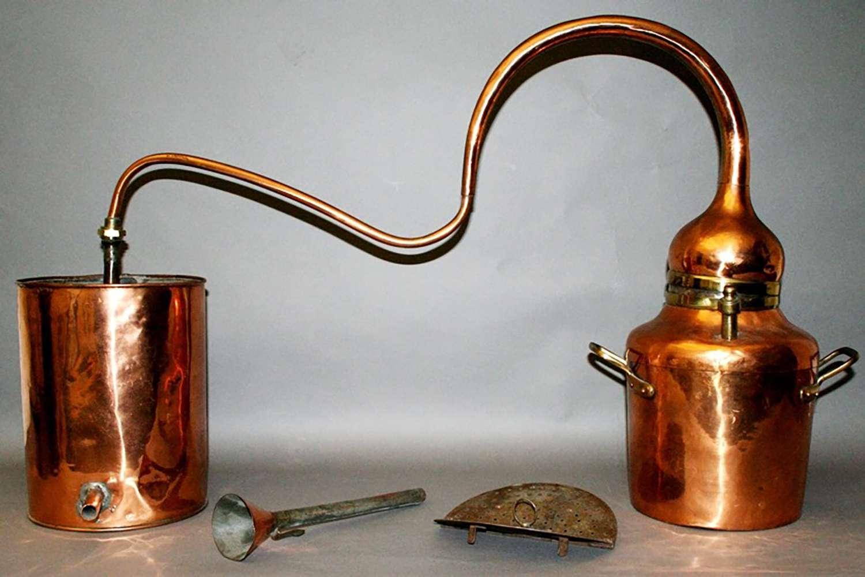 Ye olde medical instruments on display at the Musée de la Médecine Brussels