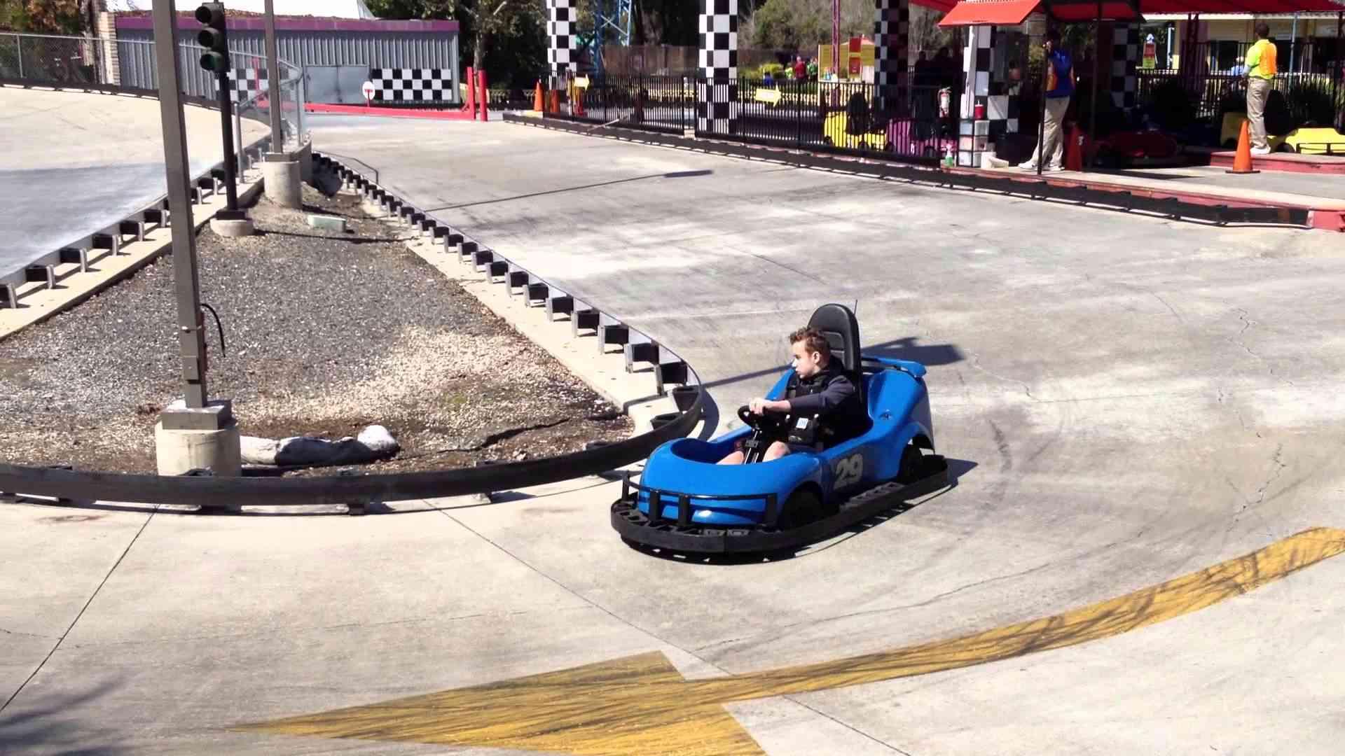 Kart Racing at Magic Mountain in Columbus