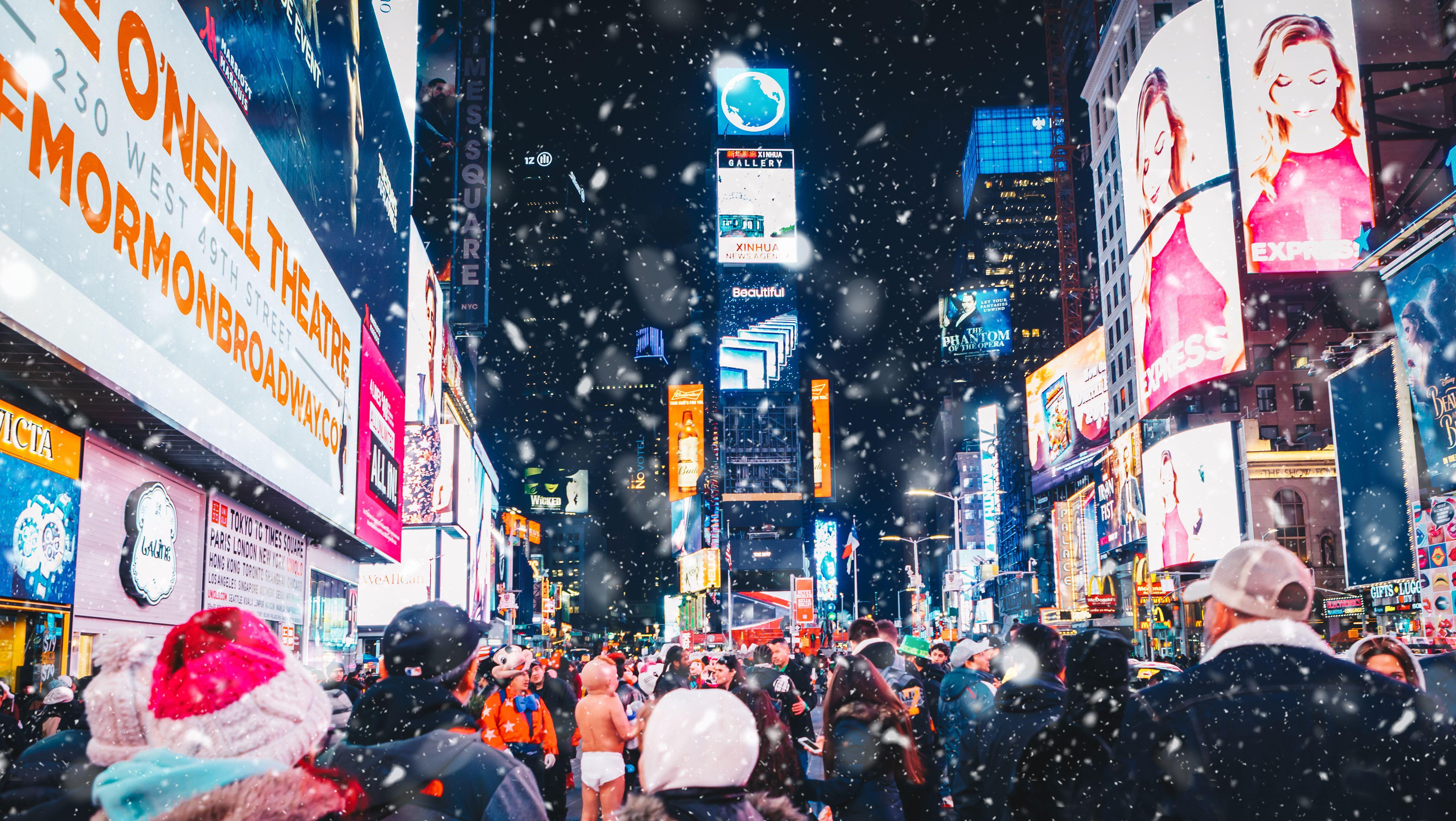 Top Things to Do for Christmas and New Year's in NYC