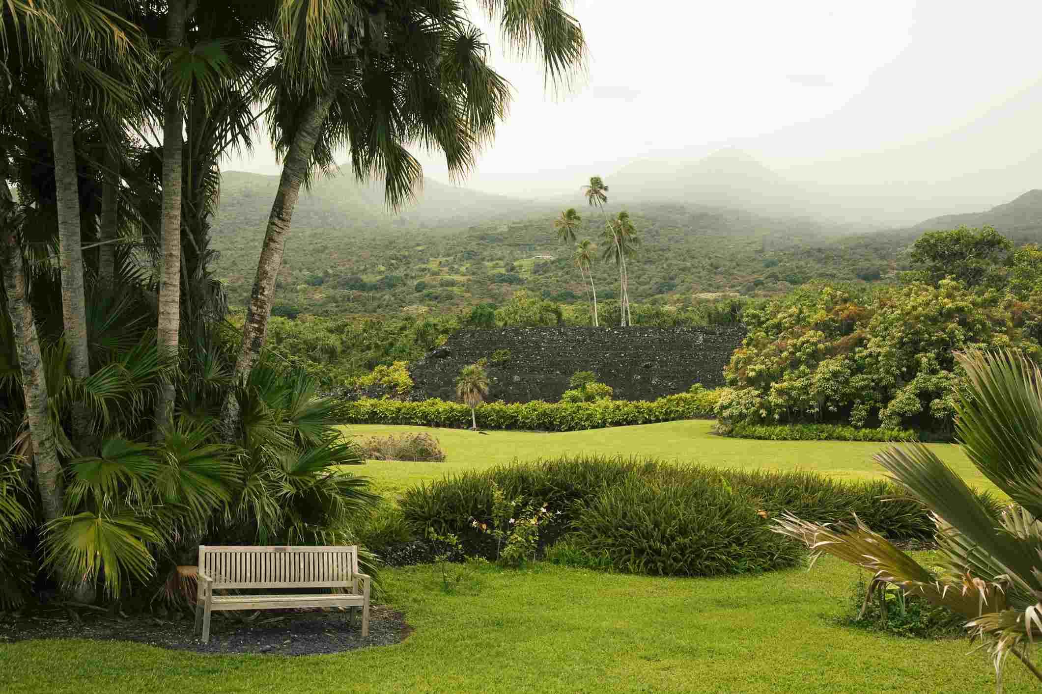 Kahanu Gardens And Piilani Heiau