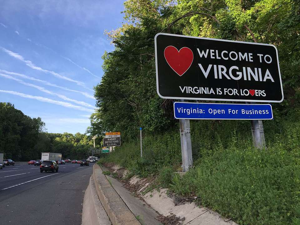 Sign entering virginia