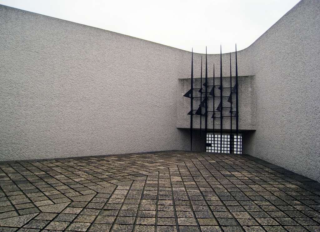 The Deportation Memorial in Paris features tight, enclosed spaces and piercing shapes-- all meant to evoke the horrors of concentration camps.