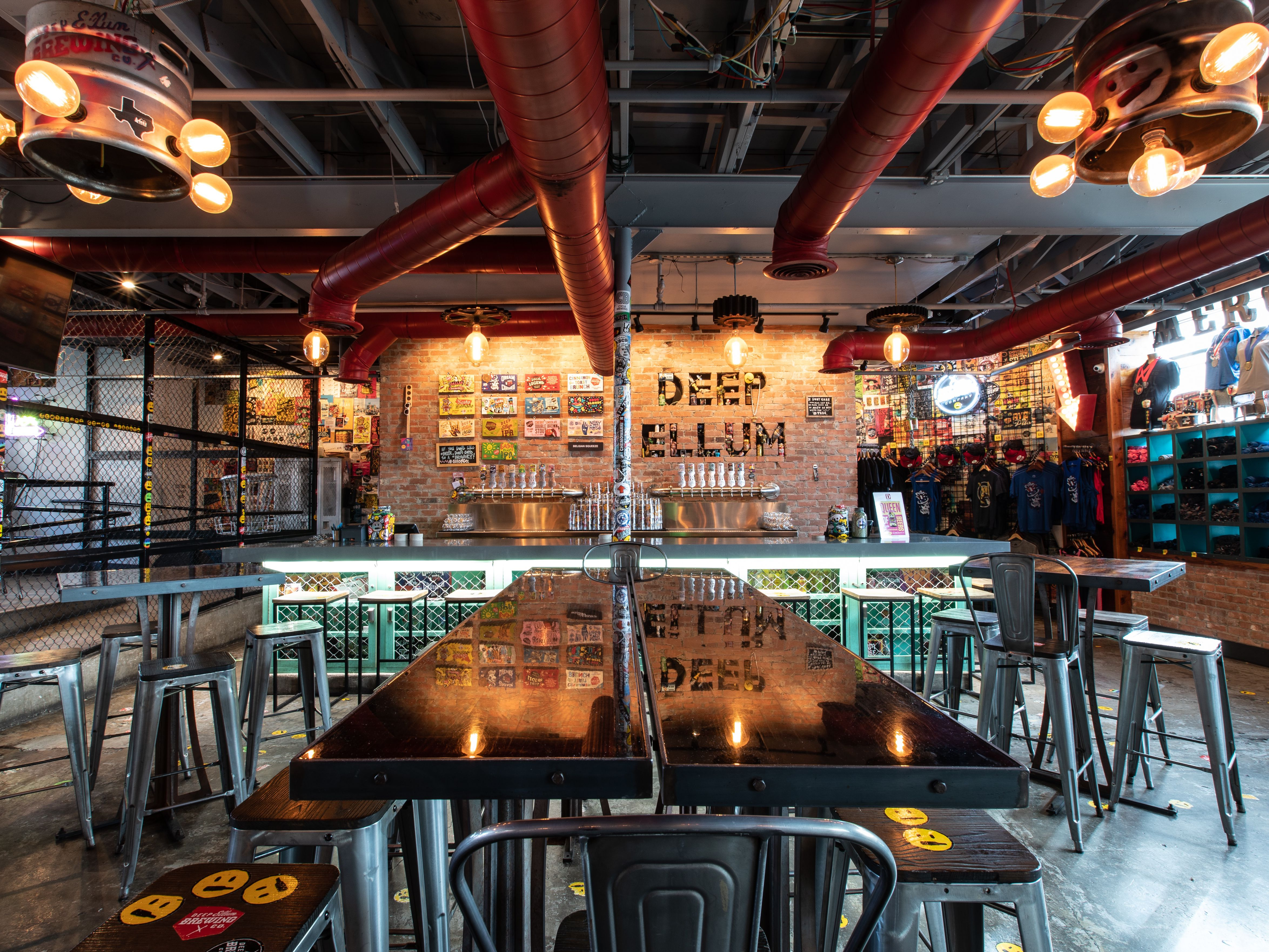 Fantastic The Best Breweries In Dallas Theyellowbook Wood Chair Design Ideas Theyellowbookinfo