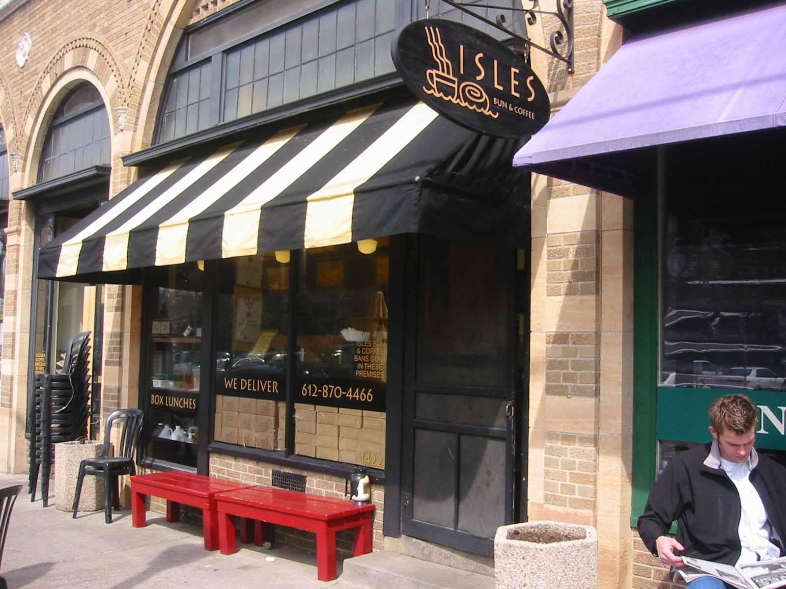 Isles Coffee And Bun An Uptown Minneapolis Shop