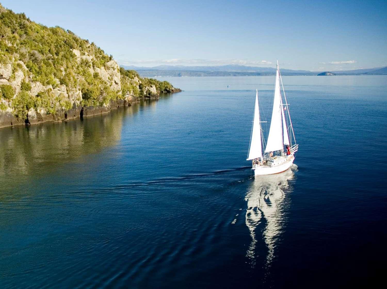 Relájese navegando en el Barbary