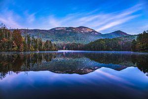 Table Rock State Park and Pinnacle Lake at Sunrise